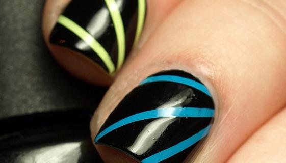 nail-art-effetto-raggio-luna