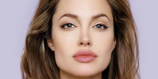 Angelina Jolie: la storia della donna più influente del mondo