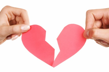 Se il tuo ex e la tua migliore amica uscissero insieme, ti arrabbieresti?
