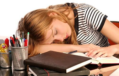 Sonno e memoria: l'interruzione del sonno danneggia le capacità mnemoniche