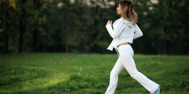 Jogging e benessere: dimagrire a contatto con la natura