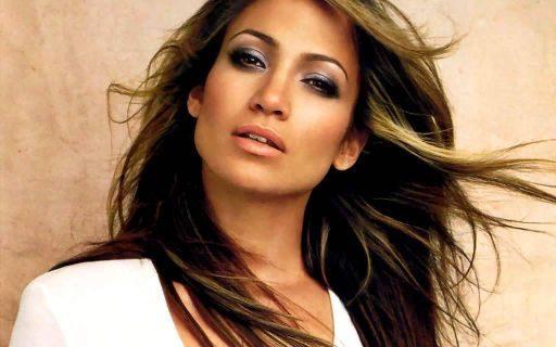 Jennifer Lopez, la donna più bella del mondo secondo People