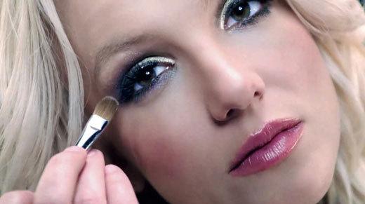 Fard make-up: scopri il colore adatto alla tua pelle