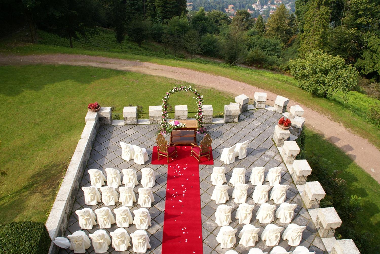 Matrimonio Civile All Aperto Toscana : Sposarsi all aperto si può roba da donne