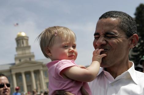 Bambina con genitori omosessuali scrive una lettera ad Obama dove racconta il suo disagio