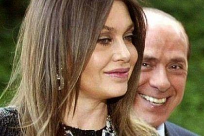 """La mamma di Veronica Lario: """"100.000 euro al giorno sono giusti, mia figlia ha sofferto troppo."""""""