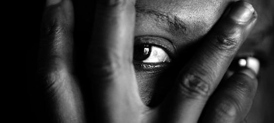 Donna nigeriana con un uomo sposato catturato a udine - 2 8