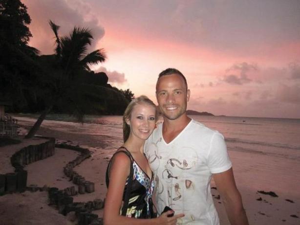 Nuove indagini sul caso Pistorius: mazza insanguinata e steroidi proibiti