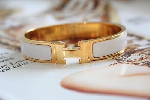must-have-accessori-bangles