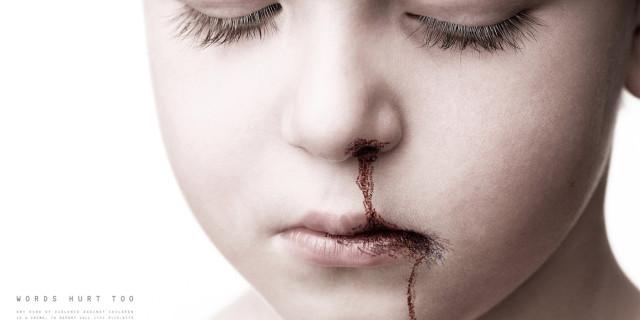Violenze ed abusi su due fratelli disabili: processata la coppia affidataria