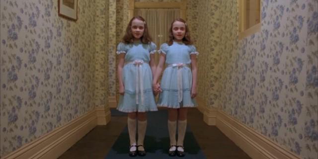 Che fine hanno fatto le inquietanti Gemelle di Shining?! [FOTO]