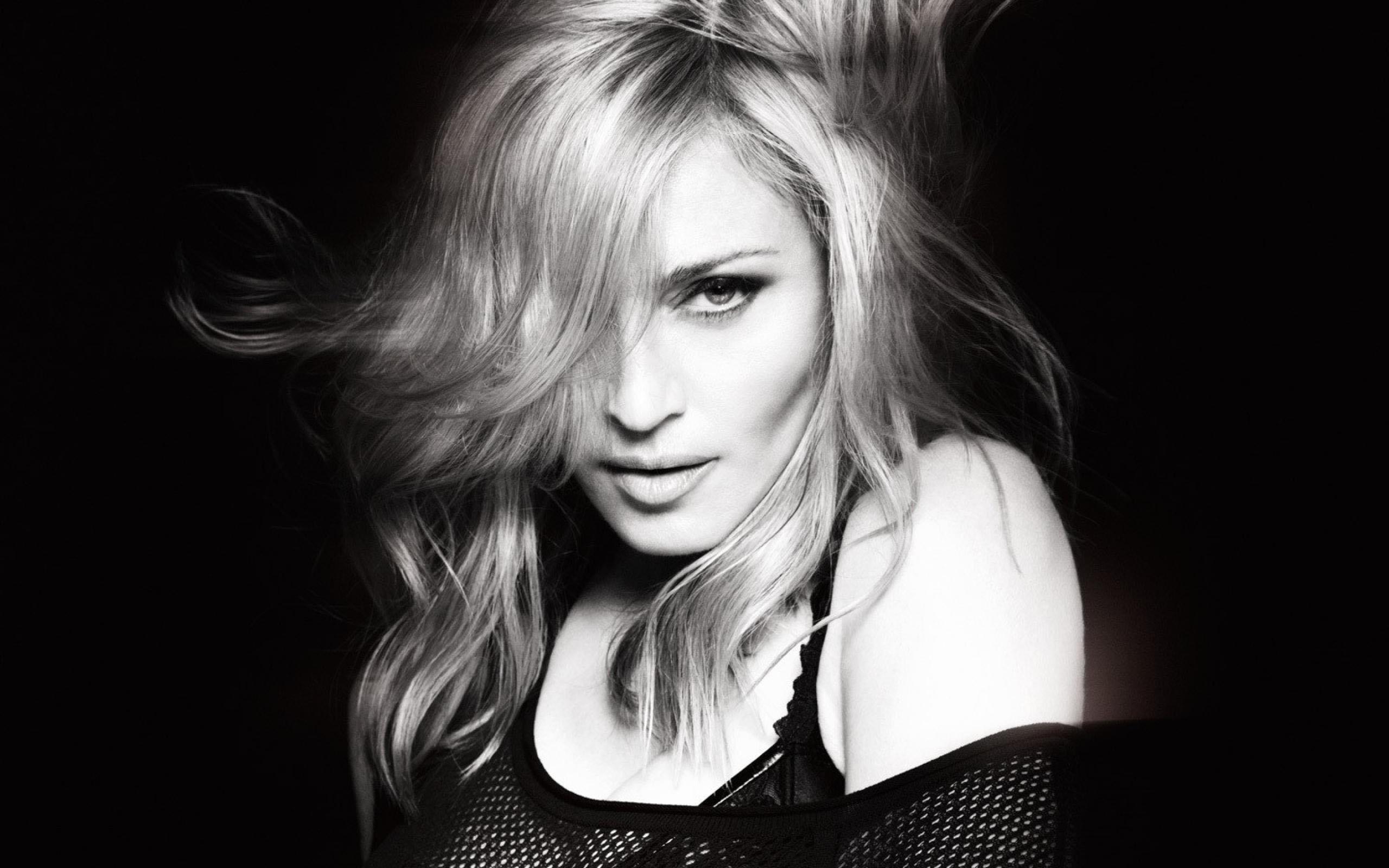 """Madonna: """"Sono stata violentata a New York"""""""