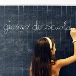 """Scuola: addio a """"mamma e papà"""" nei moduli d'iscrizione"""