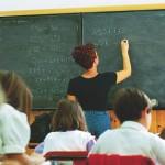 Film porno a scuola: la maestra ha inserito una chiavetta sbagliata
