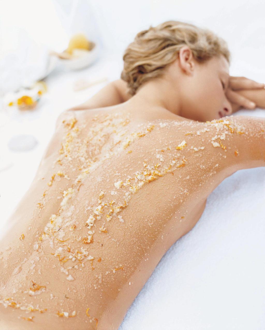 Come fare uno scrub viso fatto in casa – idee per una pelle bella