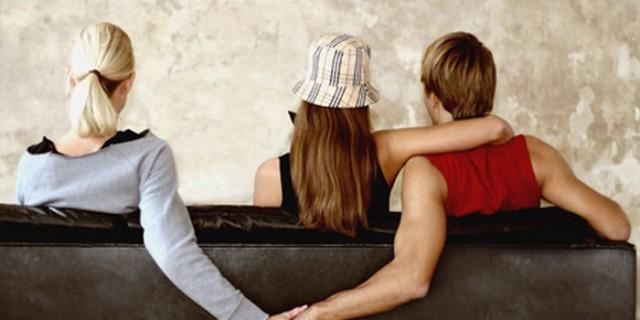 """Tradimento: 9 persone su 10 lo fanno per """"il bene della coppia"""""""