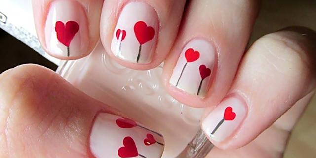 Rosso Fuoco, Cuori e Brillantini: le Nail Art per San Valentino