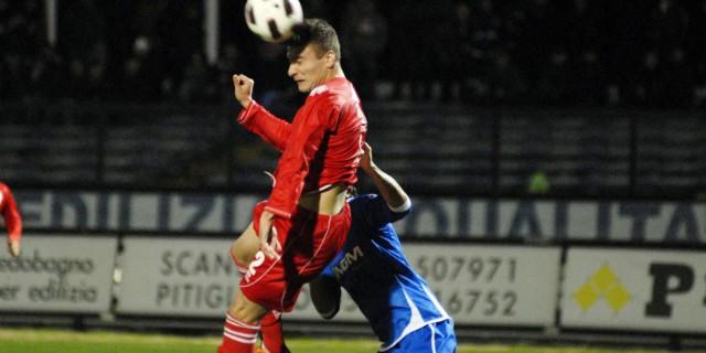 Calcio: i colpi di testa danneggiano il cervello