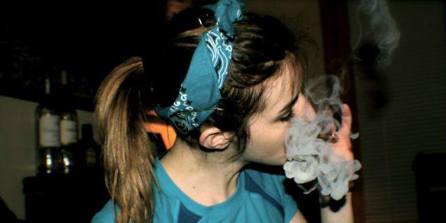 come riconoscere chi fuma canne