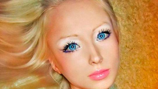 Barbie Esiste Davvero: Eccola In Carne Ed ossa (e silicone)