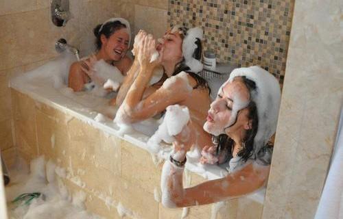 Co-Wash: Il Modo Alternativo Di Lavarsi I Capelli Senza Shampoo