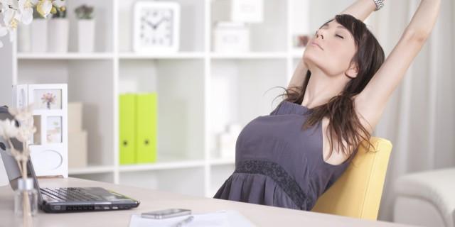 Gli Esercizi Da Fare Quando Sei Seduta In Ufficio Tutto Il Giorno