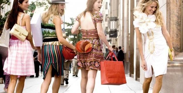 Sex And The City: Gli Outfit Più Ridicoli Di Sempre di Carrie Bradshaw