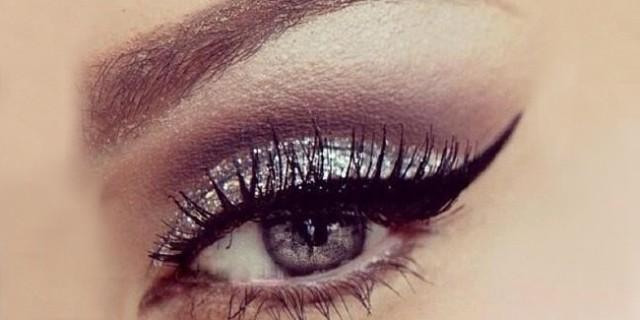 Come applicare perfettamente l'eyeliner
