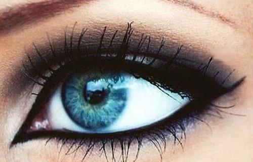 Estremamente Il Make Up Perfetto Per Risaltare Gli Occhi Azzurri E Verdi | Roba RU52