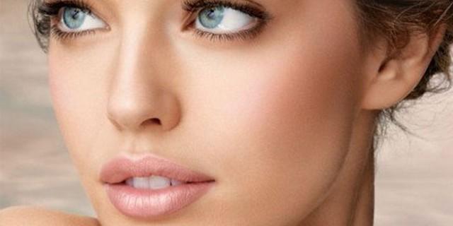 Il Trucco C'è Ma Non Si Vede: Come Realizzare Un Make Up Naturale