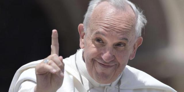 """Papa Francesco: """"Andremo in Cielo con i Nostri Animali. C'è un Paradiso Anche Per Loro"""""""