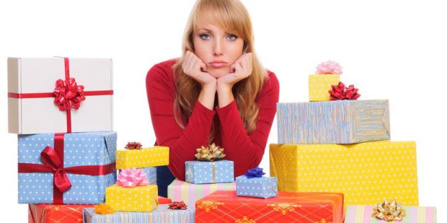 I 12 Regali di Natale più Scontati che ognuna di noi ha Ricevuto (e Fatto)