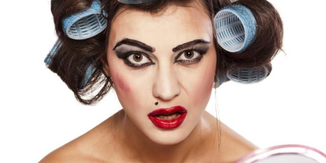 12 Segreti per Capelli e Make Up Perfetti che Ogni Donna Dovrebbe Sapere