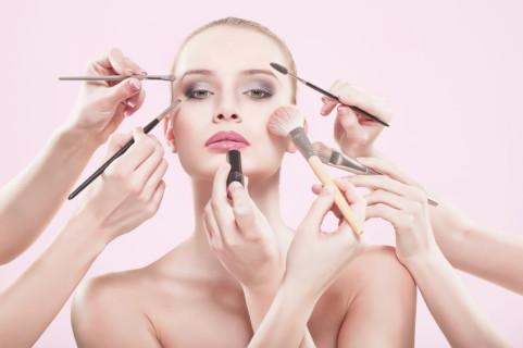 I Pennelli che Non Possono Mancare nel Beauty Case