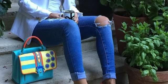 Finisce in Ospedale Dopo Aver Indossato un Paio di Jeans Skinny