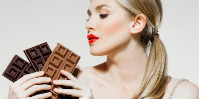 Mangiare Cioccolato Fa Bene e Aiuta a Dimagrire, anche quello al Latte!