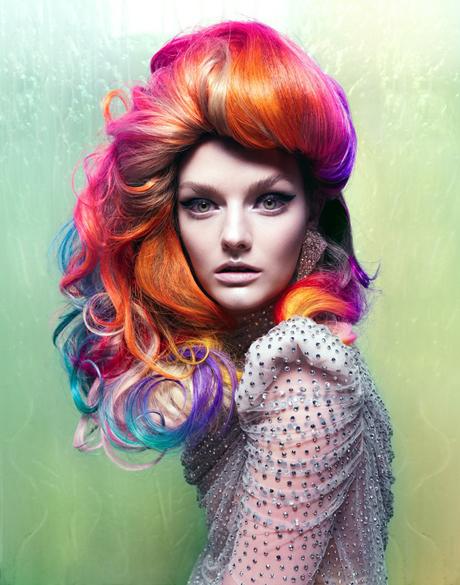 capelli colorati tinte arcobaleno