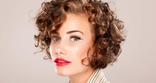 Metodi per asciugare capelli corti