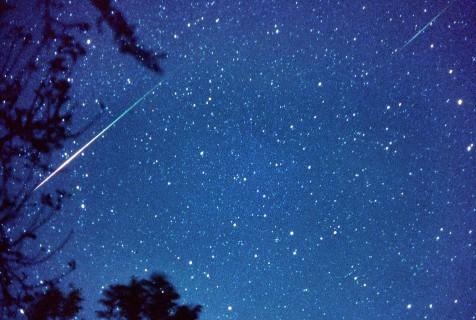 Agosto, mese delle stelle cadenti: ecco le notti migliori per osservarle