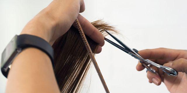 tagliare i capelli frangia corta