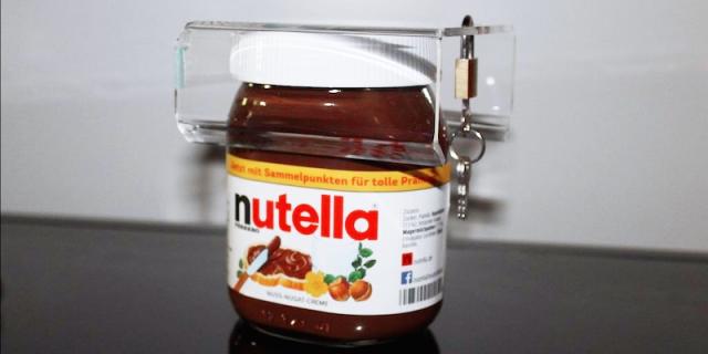 Il Lucchetto per la Nutella? Serve a Regolarsi (... e a Non Farsela Rubare!)
