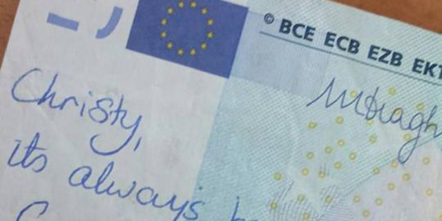 La Dedica sulla Banconota da 20 euro che Fa Rinascere un Vecchio Amore