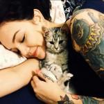 17 Modi in cui il Tuo Gatto ti Dimostra Affetto!