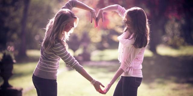 8 Promesse che Dovresti Fare alla Tua Migliore Amica