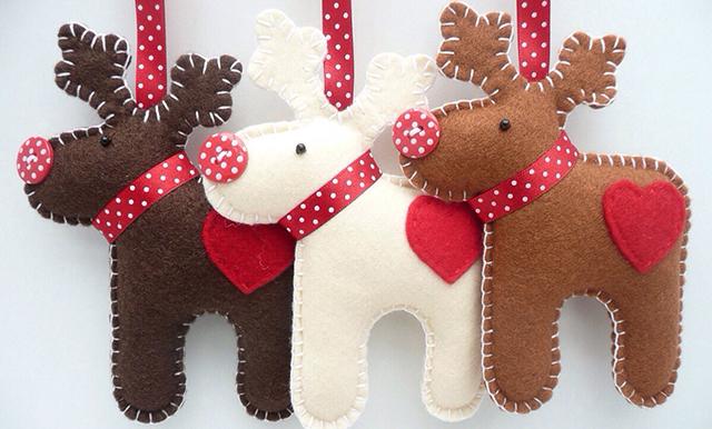 Decorazioni natalizie idee alternative e fai da te roba - Decorazioni natalizie in feltro ...