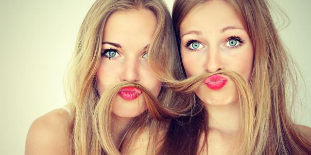 14 Cose che Rivelano che Tu e la tua Migliore Amica Siete Peggio di una Coppia