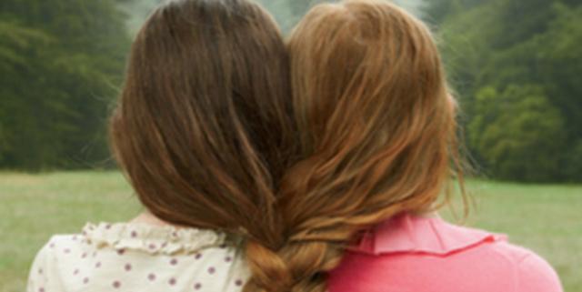 migliori amiche scambiate per sorelle