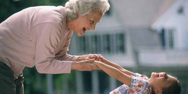 8 Motivi per Ringraziare Ogni Giorno la Nostra Super Nonna!