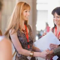 6 Ottimi Motivi per scaricare WWW Network: l'App che fa incontrare Donne e Lavoro