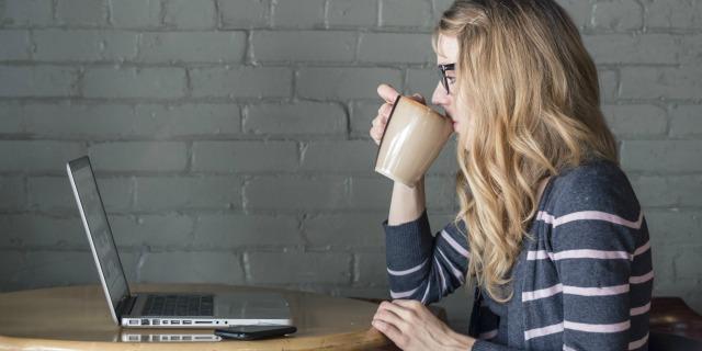 9 cose da considerare prima di postare qualcosa sui social network